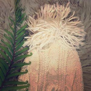 Cable knit cap !